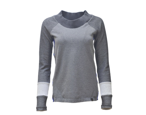 Intriguing gray thermal sleeve soft raglan shirt with mesh side panels. Size small.