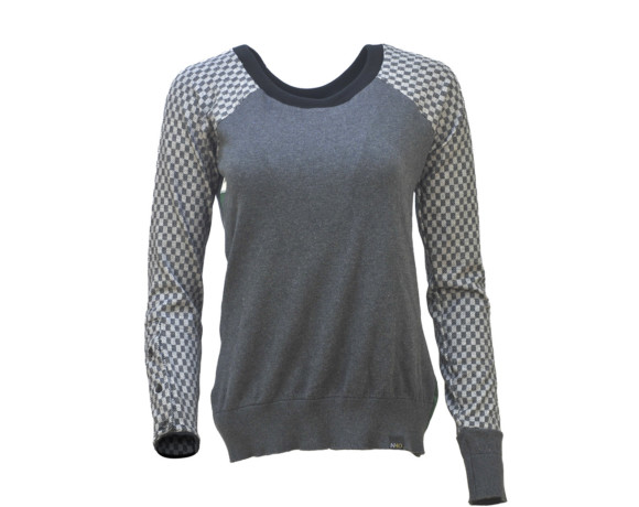 (SOLD) Gray checker sleeve soft raglan sweater with mesh side panels. Size small.